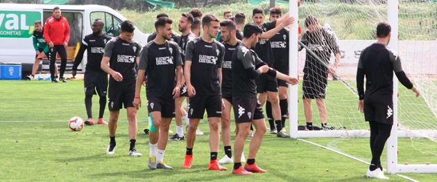 Los jugadores del Córdoba en la que fue última sesión de la semana