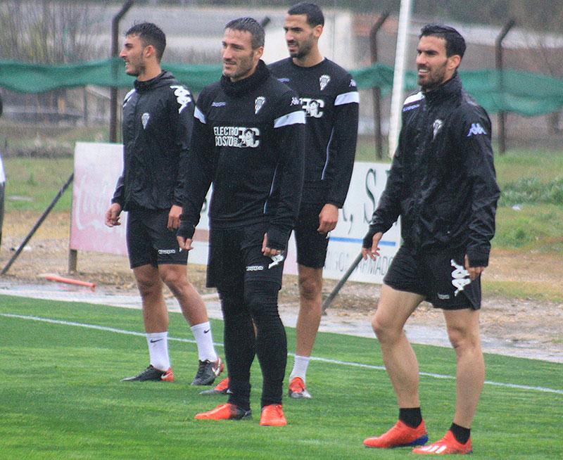 Alejandro Alfaro junto a Piovaccari en la Ciudad Deportiva