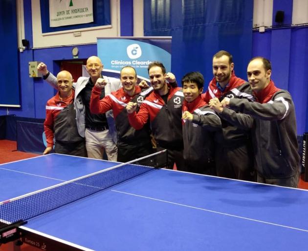 Carlos Machado, Luis Calvo, Diogo Carvahlo, André Silva, Álex Calvo y Jesús Machado celebrando el quinto título de la Supervisión