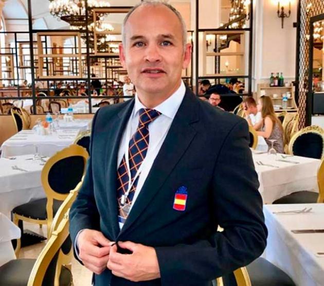 César Martínez en la cena de gala de la selecciono en Turquía