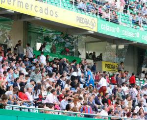 El cordobesismo marchándose del estadio antes de la finalización del partido ante el Lugo
