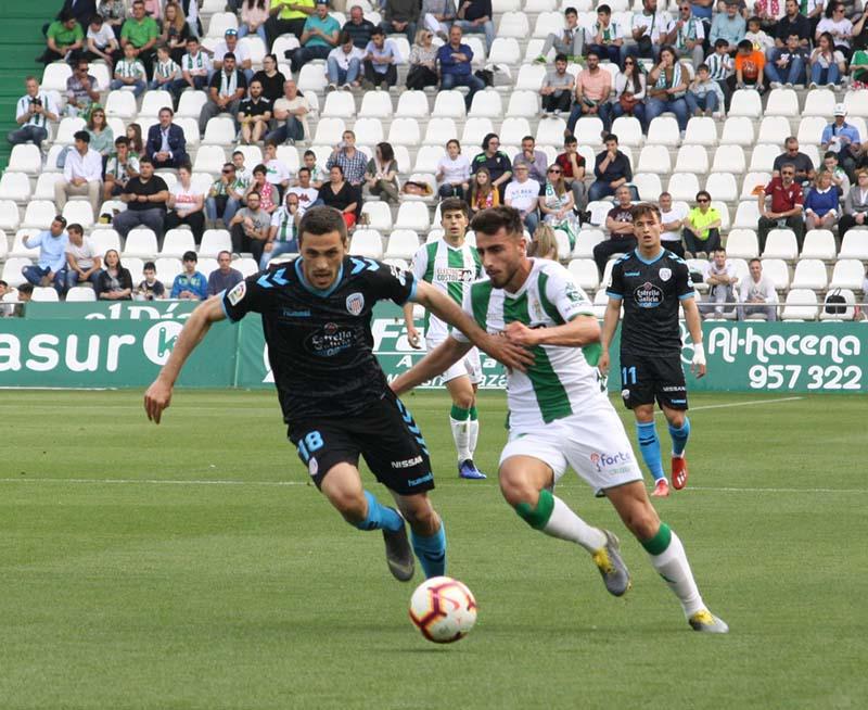 El Córdoba ha tirado sus opciones de salvación en apenas dos semanas.
