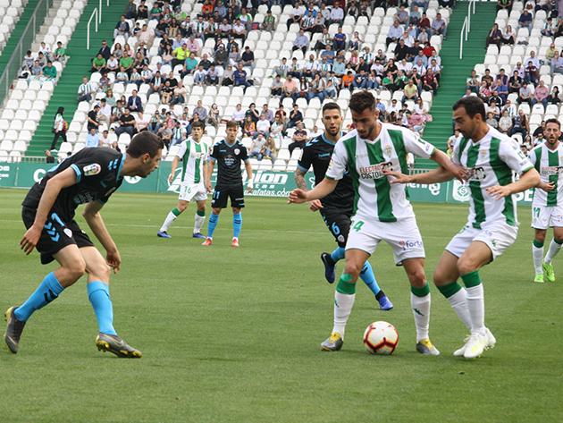 Luis Muñoz y De las Cuevas en el partido de ayer