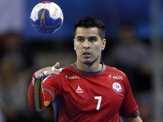 Diego Reyes se reincorpora al ARS tras el Mundial