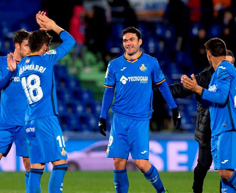 Jorge Molina celebrando una victoria con sus compañeros del Getafe