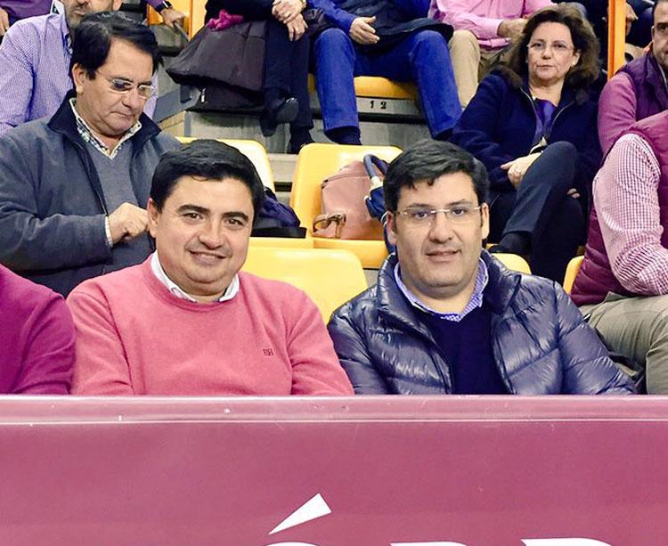 Jesús León junto a García Román en una de sus escasísimas presencias en Vista Alegre esta temporada