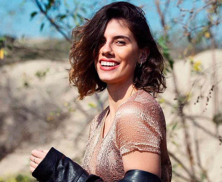 Lourdes Mohedano posando como modelo, mundo en el que también hizo sus pinitos