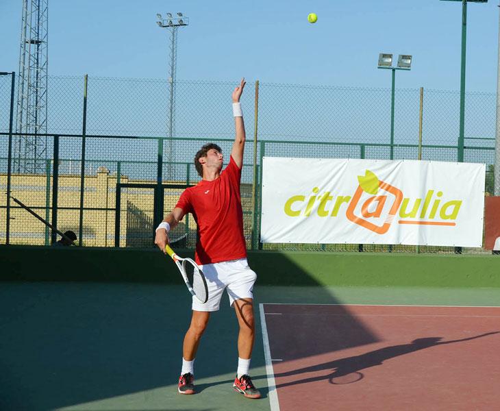 El tenis ya vuelve a ocupar las pistas de El Pandero