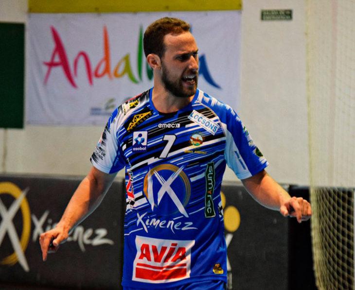 Sergio Barros celebrando un gol con el Ángel Ximénez-Avia