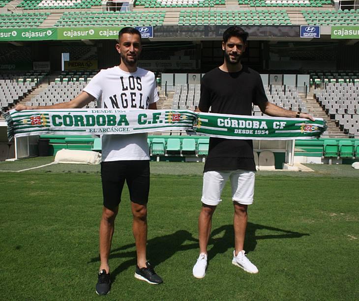 José Antonio González y Fernando Román sobre el verde de El Arcángel