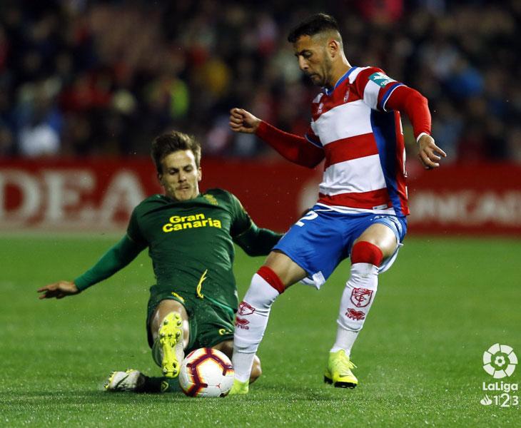 Adri Castellano en el partido frente a Las Palmas
