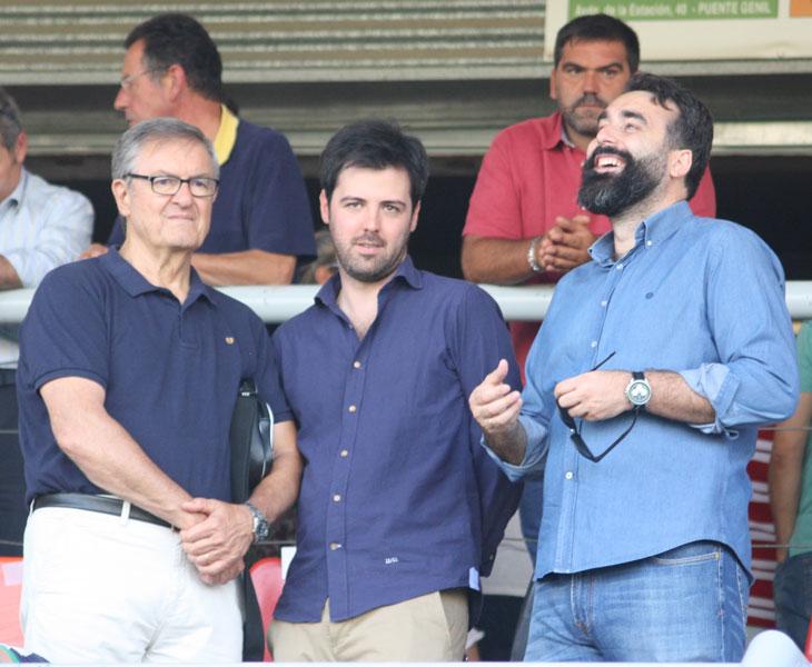 Juan Ramón Berdugo en el centro, flanqueado por Manolo Garrido y Alberto Mayoral