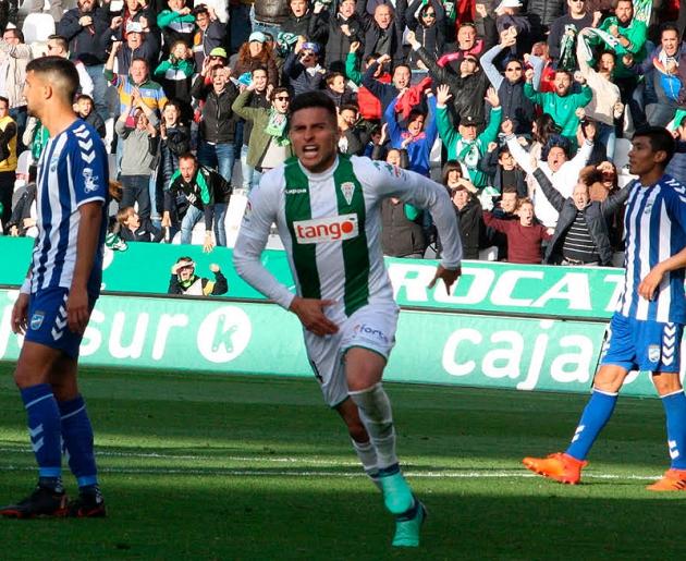 El colombiano Juanjo Narváez celebrando un gol contra el Lorca hace dos temporadas.