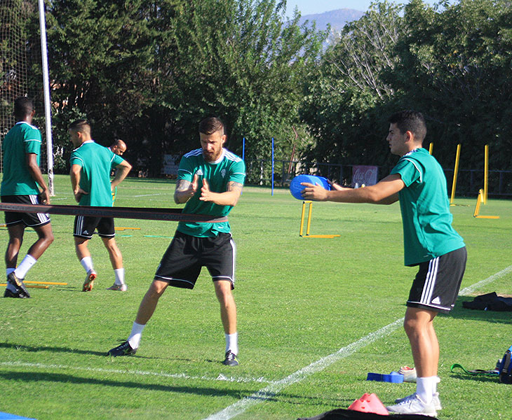 Chus Herrero y el juvenil Fran Gómez entrenando al margen del grupo