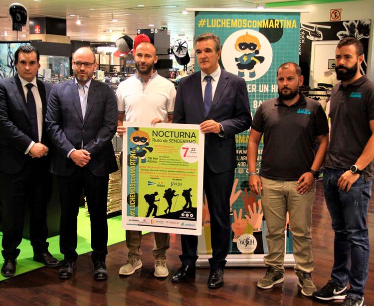 Bernardo Jordano junto al director de El Corte Inglés, Juan Miranda, y el equipo técnico de El Corte Inglés con Javier Escobar a la cabeza
