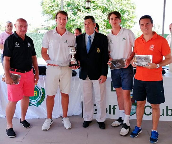 El equipo del Real Club de Campo de Córdoba, con los Pastor a la cabeza, Andrés y Víctor, junto a Juande Benítez y Josema Ortiz, se proclamaron campeones de Andaluía de P&P