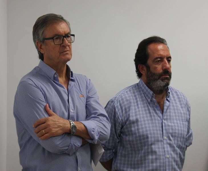 Miguel Romero y Manuel Garrido presentes en la comparecencia del abogado Enrique Zarza