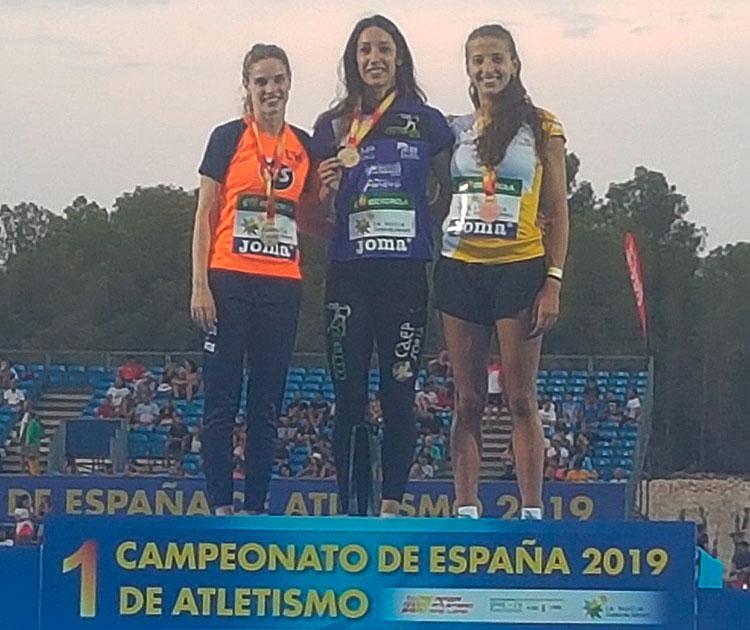 La noriega Carmen Romero en lo más alto del podio secunda por Sonia Nasarre y Nerea Bermejo