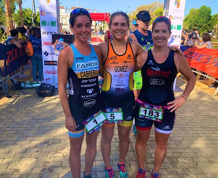 De derecha a izquierda Irene Cabrera, Marisol Gómez y Raquel Úbeda