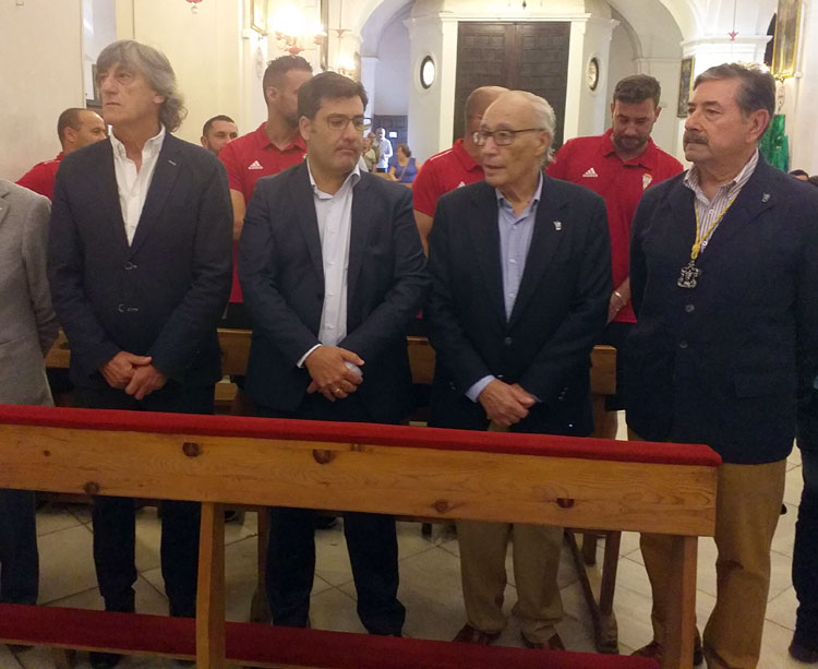 Jesús León en uno de sus últimos actos públicos, la ofrenda a San Rafael