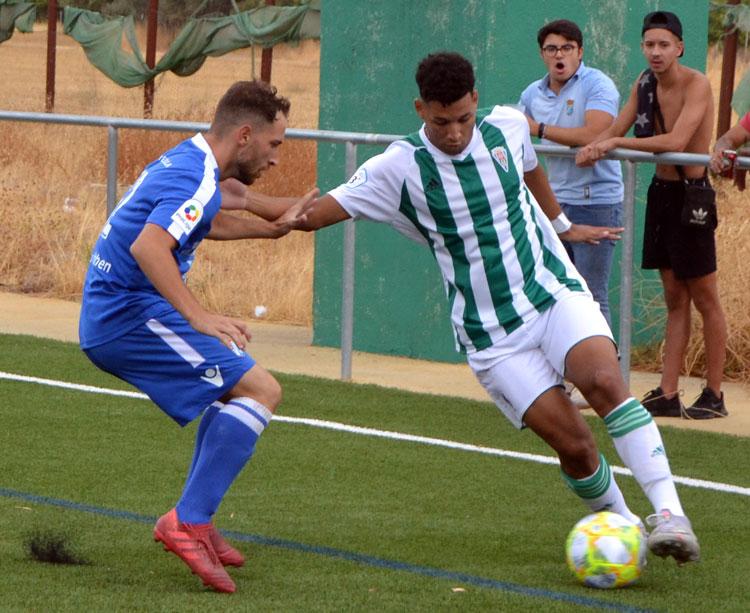 Felipe Veloso buscando el ataque. Autor: Javier Olivar