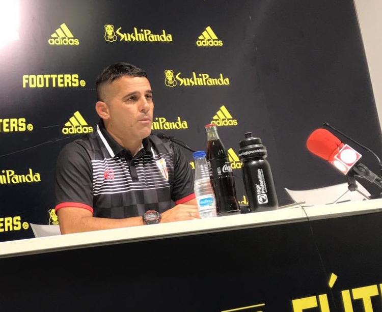 El entrenador albirrojo, Emilio Fajardo. Foto: Algeciras CF