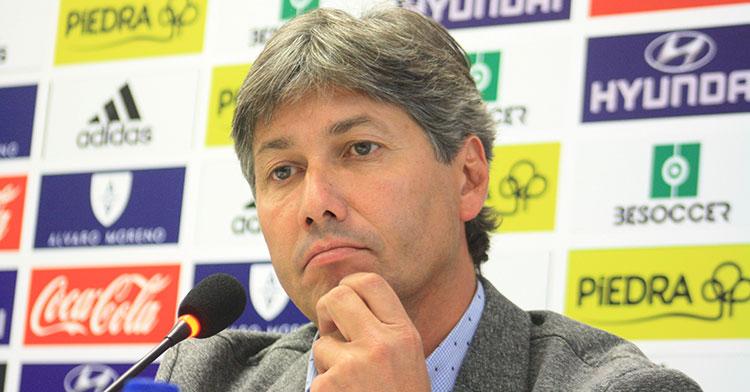 Alfonso Serrano en la comparecencia de prensa de presentación de Raúl Agné