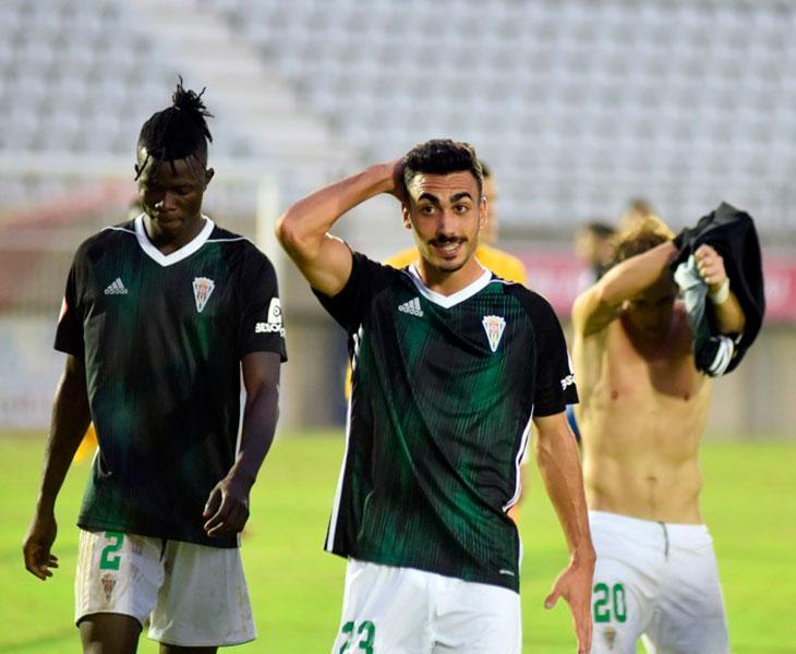 Antonio Moyano al acabar el partido en El Nuevo Mirador donde tuvo el gol de la victoria en el descuento