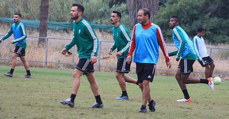 Sebas y Moyano junto a Alfredo Sánchez