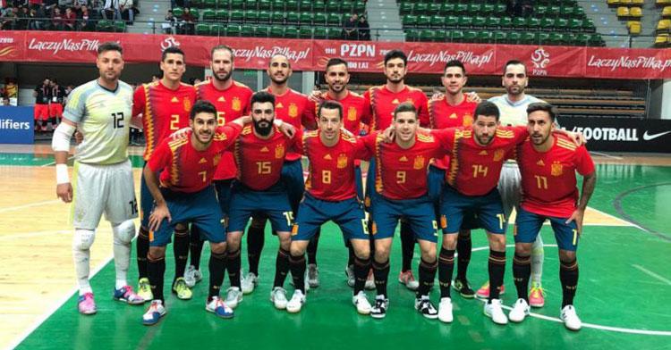 España sigue con paso firme en la Main Round. Foto: Sefutbol