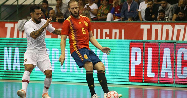 Solano en el reciente partido contra Portugal. Foto: Sefutbol