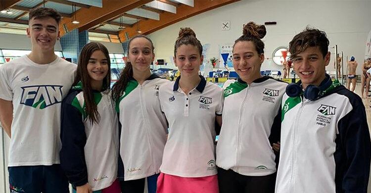 Los chicos y chicas del Navial con la Selección Andaluza