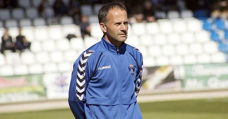 El entrenador del CF Talavera, Fran Alcoy