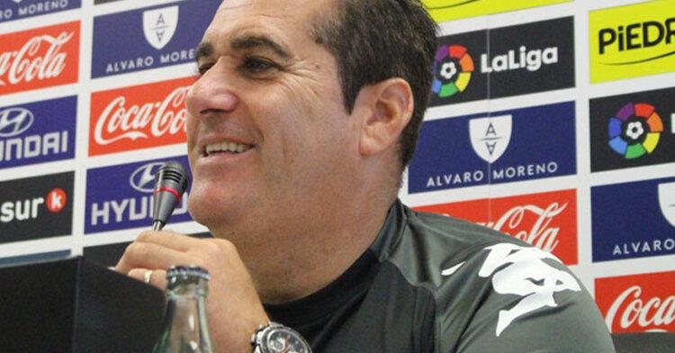 José Ramón Sandoval en rueda de prensa. Foto: Fernando López