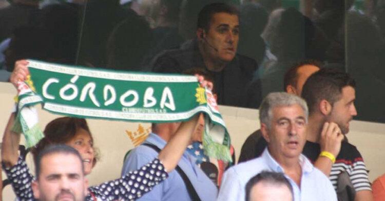 Sandoval siguiendo el juego desde un palco de El Arcángel. Autor: Paco Jiménez