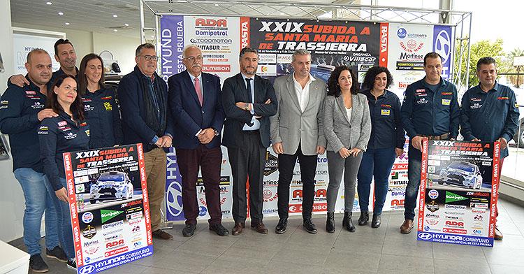 Patrocinadores y organizadores de la Subida a Trassierra este martes en la sede de Corhyund Córdoba