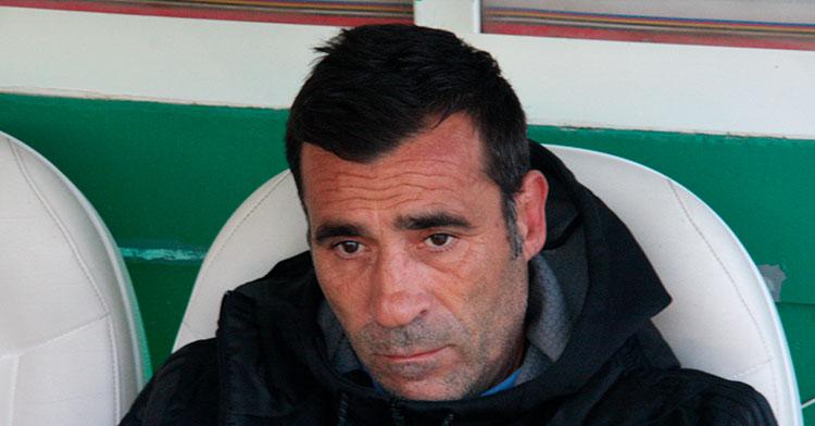 El rostro de Raúl Agné antes de acaba la primera parte lo dice todoEl rostro de Raúl Agné antes de acaba la primera parte lo dice todo