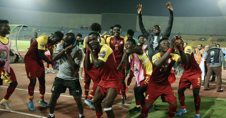 Los jugadores de Ghana sub23 celebrando la clasificación