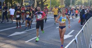 media-maraton-2019-atletas-calientan