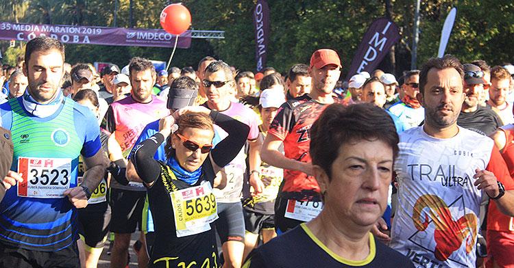 media-maraton-2019-corredores