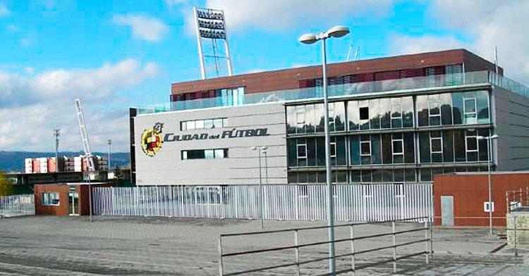 La sede de la Real Federación Española de Fútbol en la Ciudad del Fútbol de Las Rozas