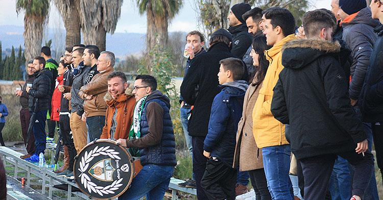 La afición del CD Pozoblanco se dejó notar en la Ciudad Deportiva
