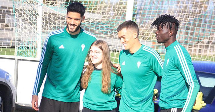 Fernando Román, a la izquierda, uno de los jugadores con los que el Córdoba no parece contar para la segunda parte de la liga. Autor: Manuel D. Vera