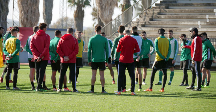 Una imagen de grupo en el entrenamiento. Foto: Córdoba CF