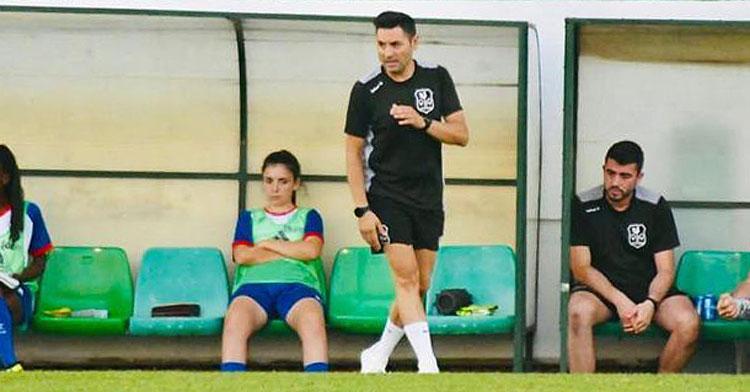 Manuel Fernández, entrenador del Pozoalbense. Foto cedida por Hoy al día
