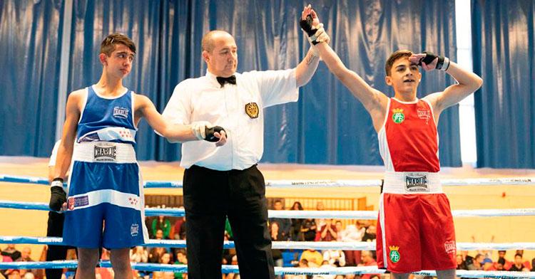 Rafa Lozano jr se proclamó campeón de España junior del peso minimosca