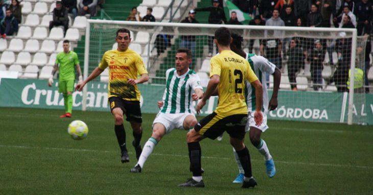 Imanol en el choque ante el Villarrubia. Autor: Paco Jiménez.