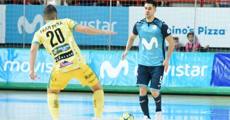 Bebé cambia la camiseta del Inter por la del Cartagena. Foto: Movistar Inter