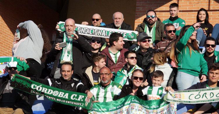 Los miembros de Incondicionales vivieron un incidente en la previa del encuentro en Huelva. Autor: Paco Jiménez