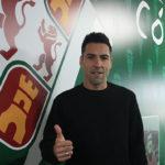 Carlos Valverde mostrando su pulgar a la cámara de Corobadeporte.com